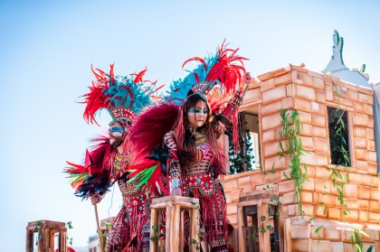 Gallery: an Ibiza carnival of all colours